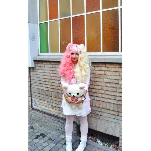 Ladieshair Cosplay Perücke blond pink 70cm wellig Lolita Wig